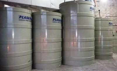 Tanque vertical para produtos químicos